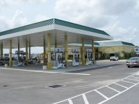 Chevron_gas_station_west